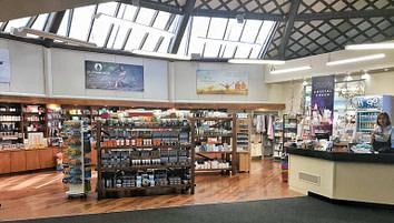 Polynesian Spa Review: Gift Shop