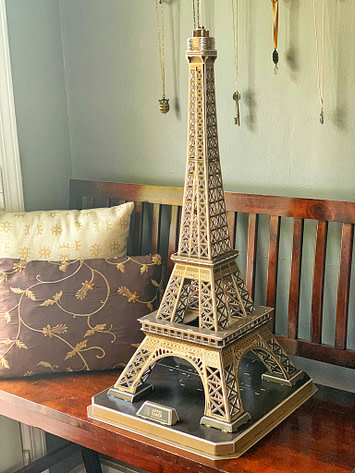 Eiffel Tower kit all put together